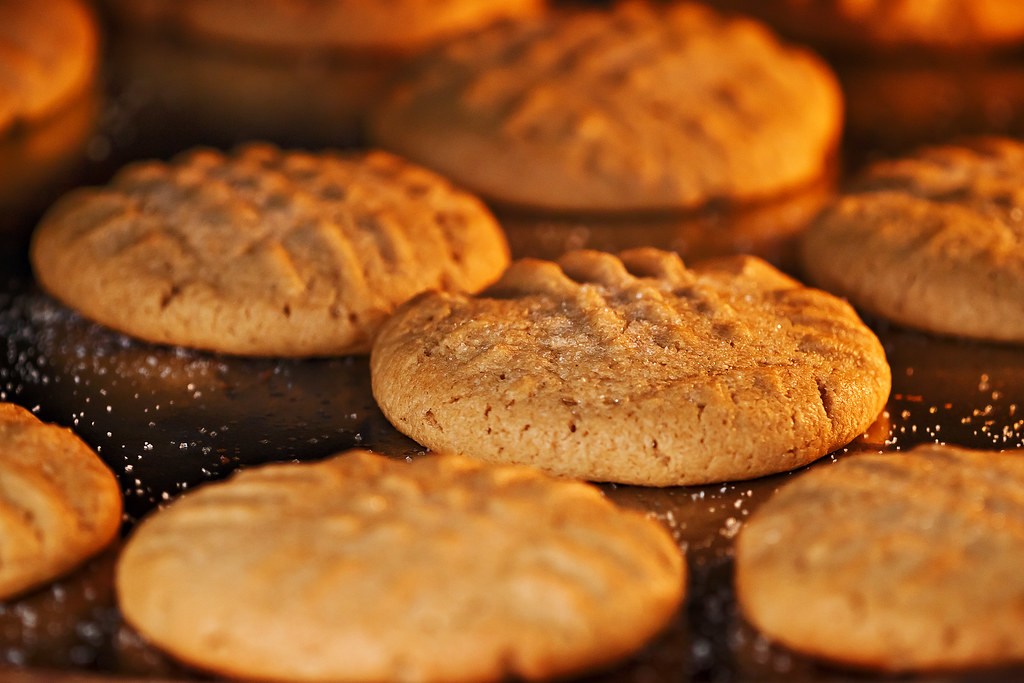 Peanut Butter Cookies 1 2 Cup Butter 3 4 Cup Creamy