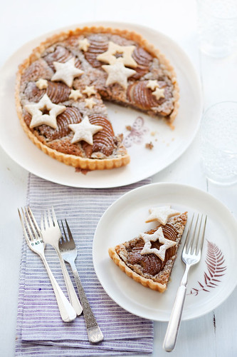 pear and hazelnut tart | by cannelle-vanille