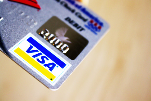 High contrast Visa card | by MoneyBlogNewz