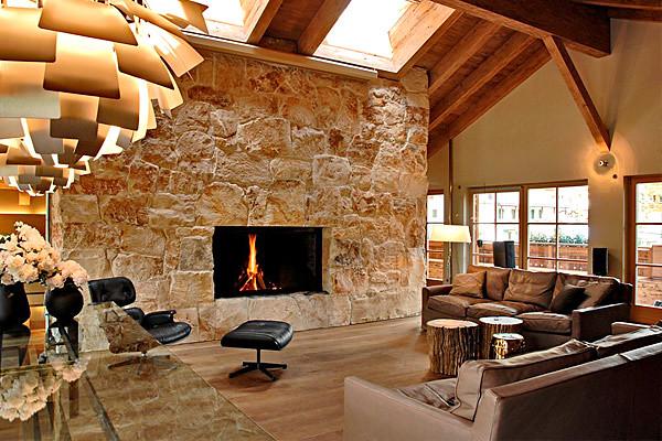 Rivestimento in pietra per interni forniamo pietre - Case in pietra interni ...