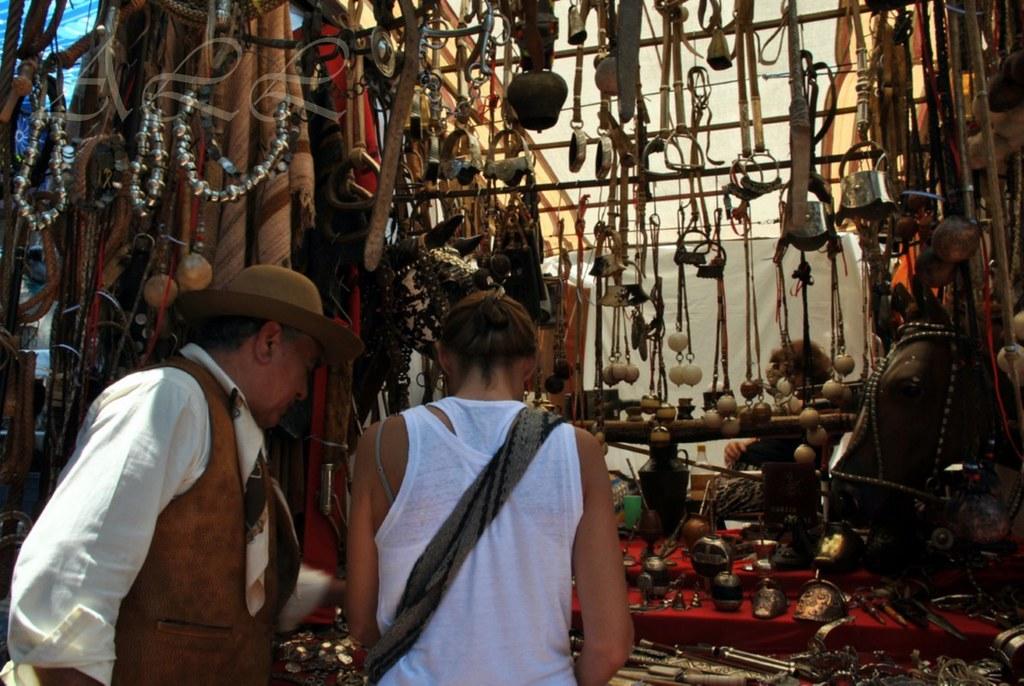 Mercado De Pulgas San Telmo Bs As Sur San Juan Y