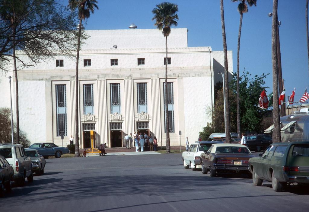 Municipal Auditorium Harlingen Tx 1975 The Douglas Campbell Show Flickr