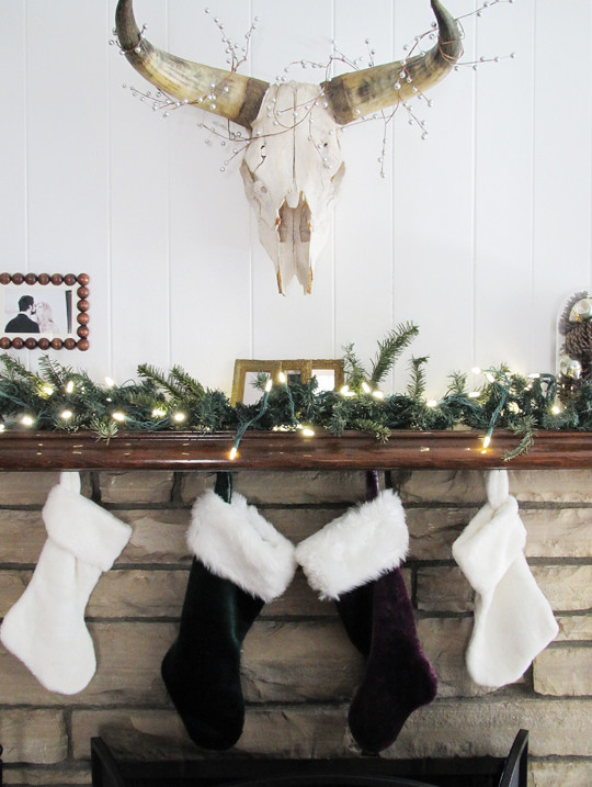 Christmas Fireplace Mantel Decor Canada