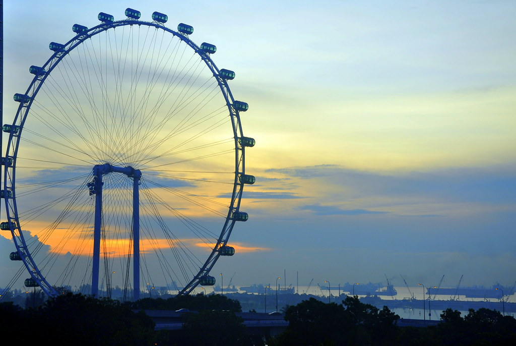 Singapore Flyer   Another view of the magnificent ...