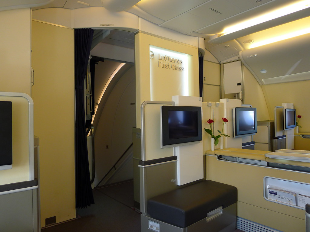 lufthansa airbus a380 d aimd tokio first class cabin v flickr. Black Bedroom Furniture Sets. Home Design Ideas