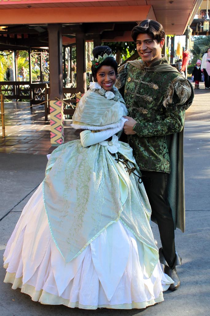 Meeting Princess Tiana and Prince Naveen | Adventureland ...