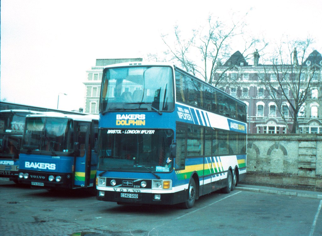 Bakers Dolphin C342 GSD Volvo B10M-53 Van Hool | Another pho… | Flickr