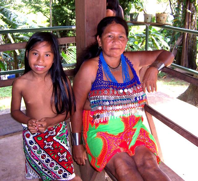Family Members Embera Indian Village, Soberania National -7231