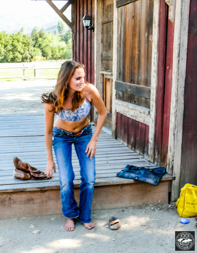 beautiful blond amp brunette cowgirls in cowboy boots with g
