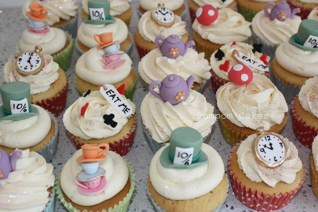 mad hatter cupcakes - photo #41