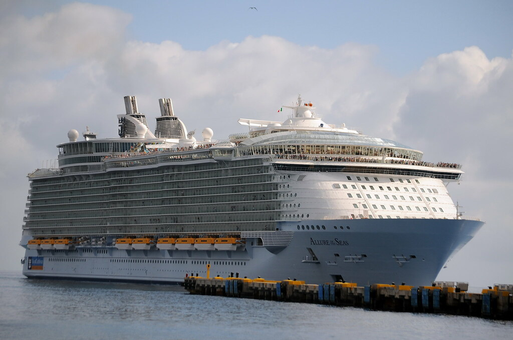Was The Largest Passenger Ship In The World Allure Of
