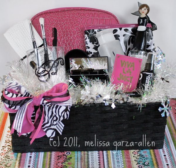 Makeup Gift Basket I Made Fun Makeup Gift Baskets For My