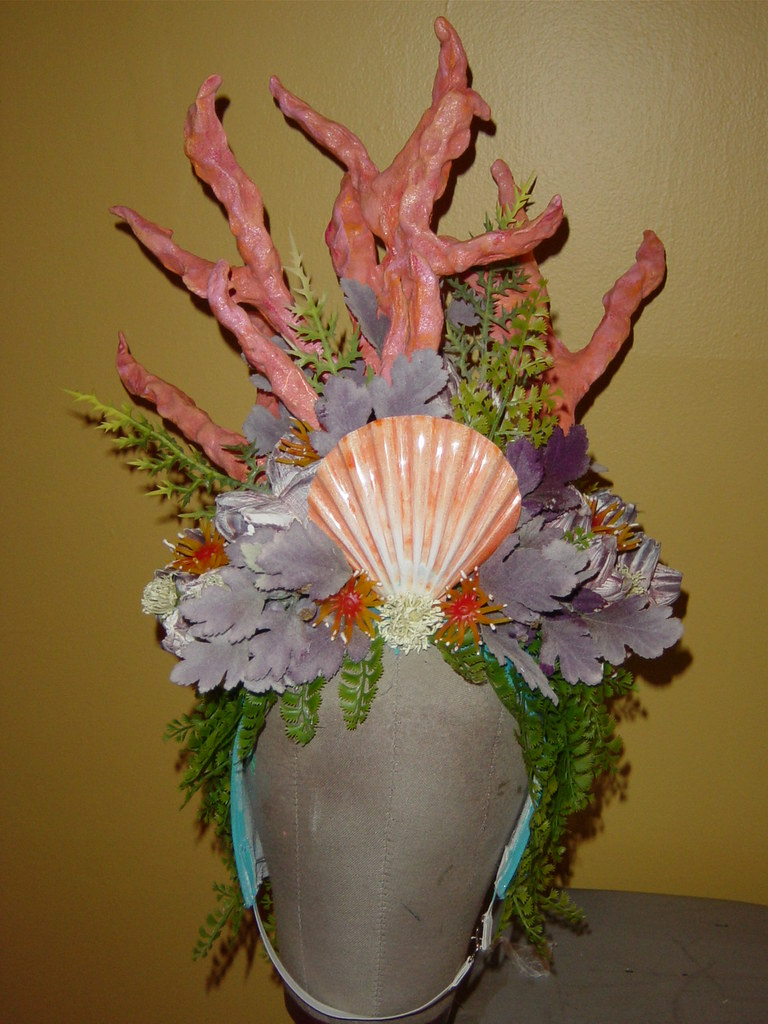 Coral Reef Head Dress This Head Dress Was Worn With The