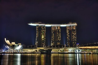 The ArtScience Museum And Marina Bay Sands  (DSC0135_6_7) | by Schristia