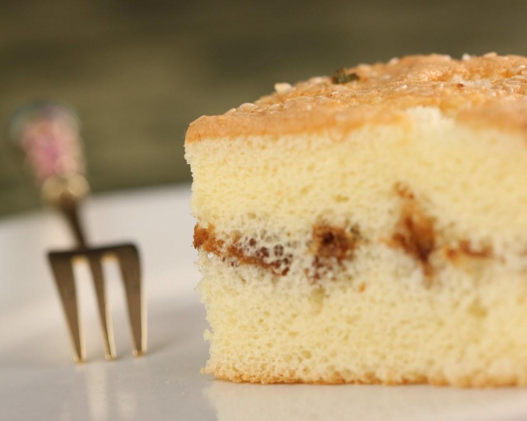 Sponge Cake with Pork Sung (????) Sponge cake with a ...