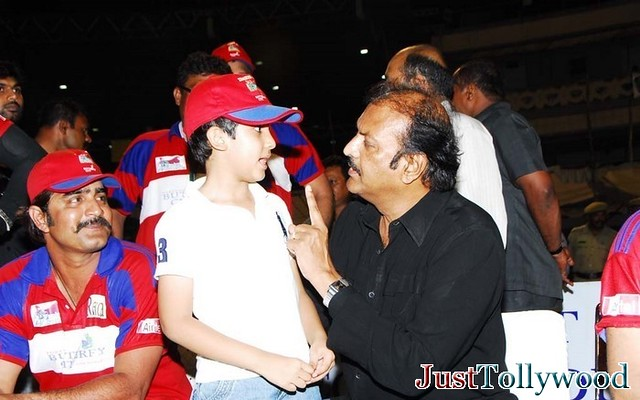 Arjun Son of Venkatesh Venkatesh-with-arjun-ramnath