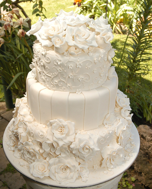 Tiered Ivory Flowers Piping Wedding Cake Flickr Photo Sharing