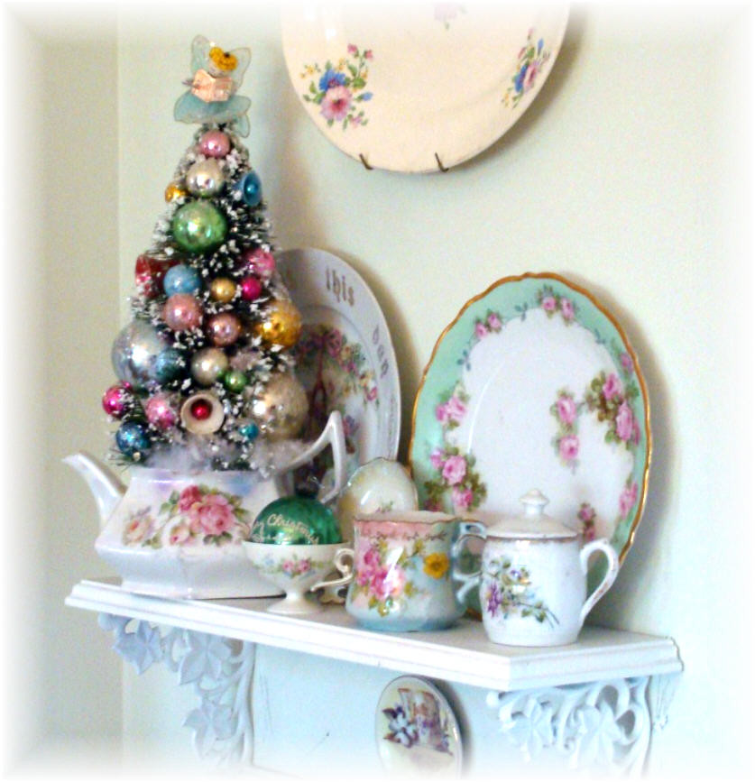 Christmas Tree Teapot: Little Tree I Placed In A