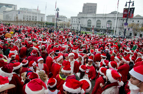 Lots of Santas at City Hall - San Francisco SantaCon 2010 | by Steve Rhodes