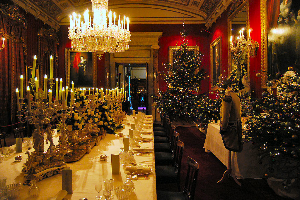 2017 White House Christmas >> Chatsworth House,Christmas 2010 | The Great Dining Room | Flickr