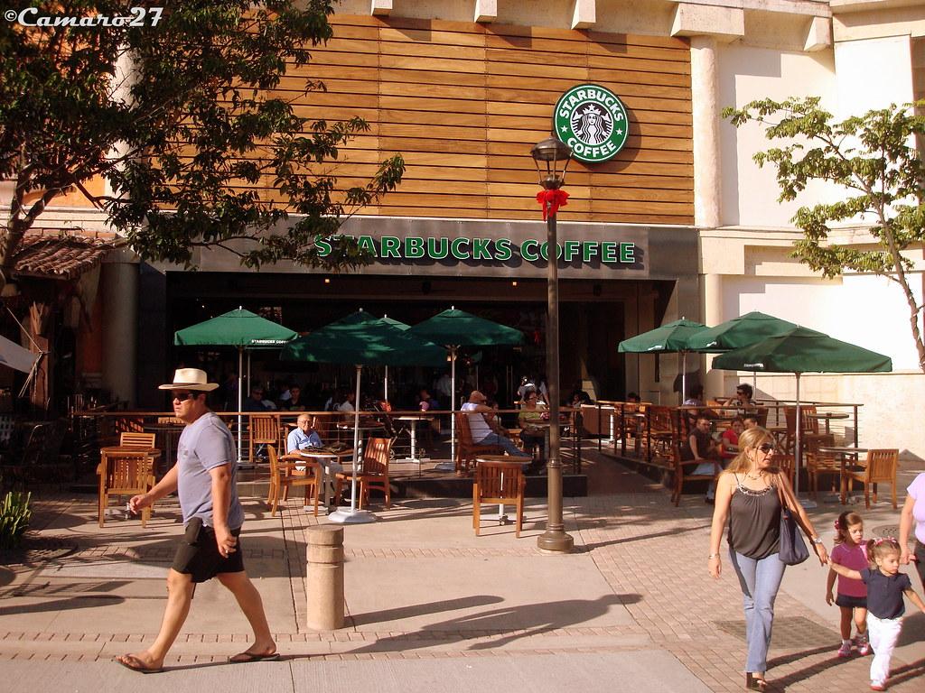 Lifestyle center la gran via starbucks coffee centro for Gran via el salvador