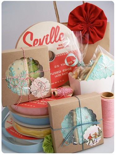 Brown Paper Packages | by Sugar & Meringue / E-A-T