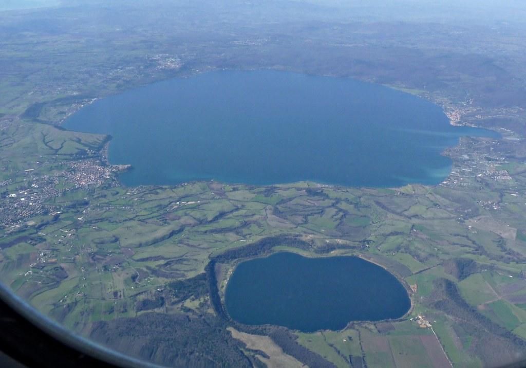 Lago di Bracciano e il lago di Martignano | Lake Bracciano i ...