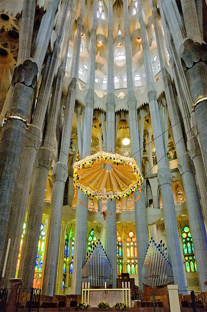 L 39 altar i el baldaqu the altar and baldachin la for La sagrada familia en barcelona