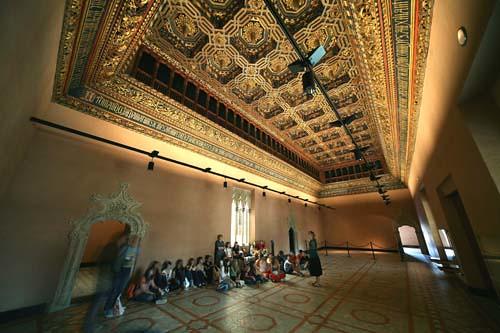 Palacio de la Aljafería (Salón del Trono) / Aljaferia Pala ...