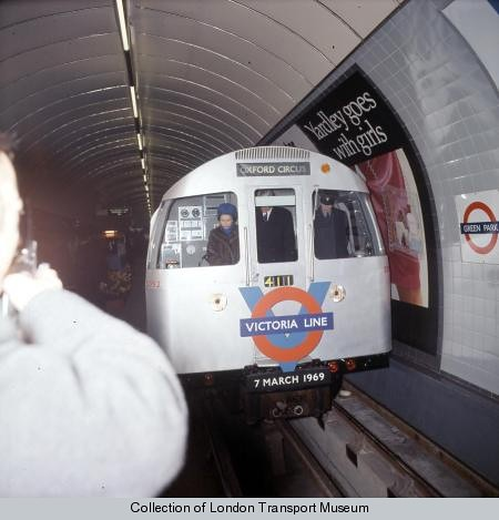Queen opening the Victoria Line | Flickr - Photo Sharing!