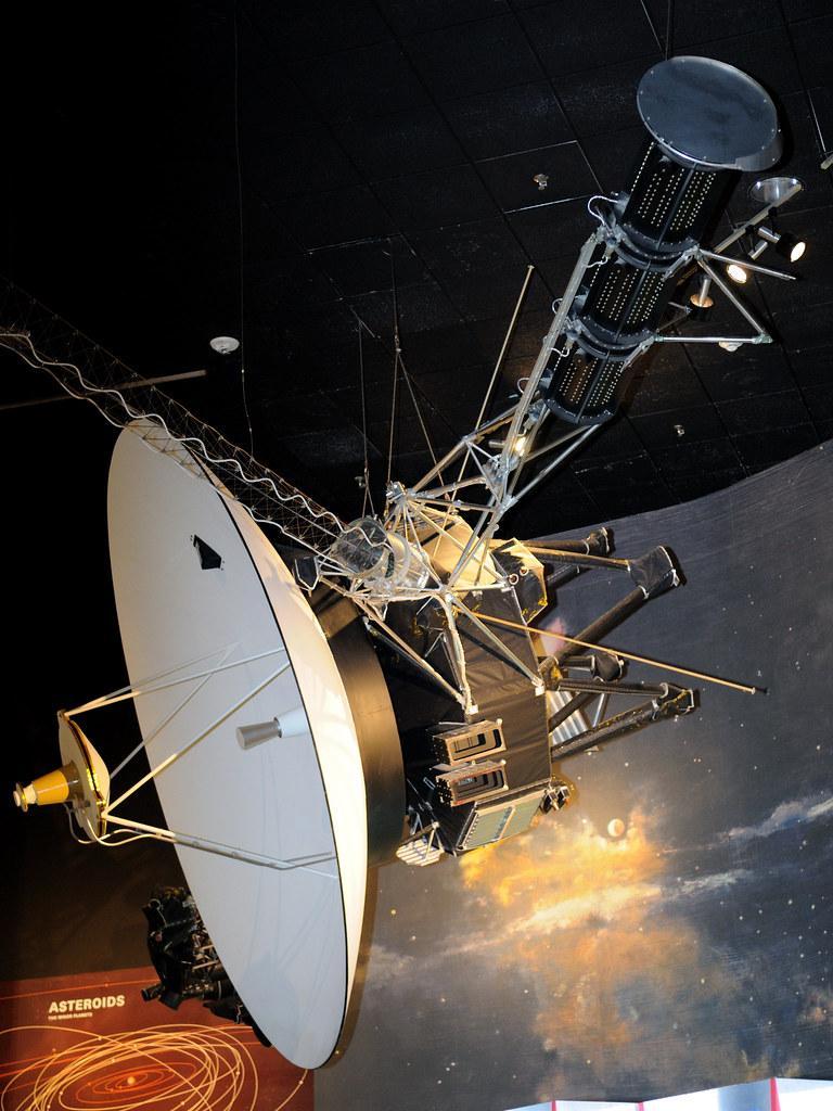 b voyager spacecraft - photo #31