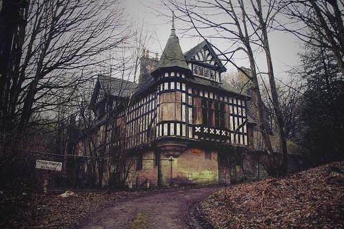 Haunted House Ambergate Derbyshire The Oakhurst House
