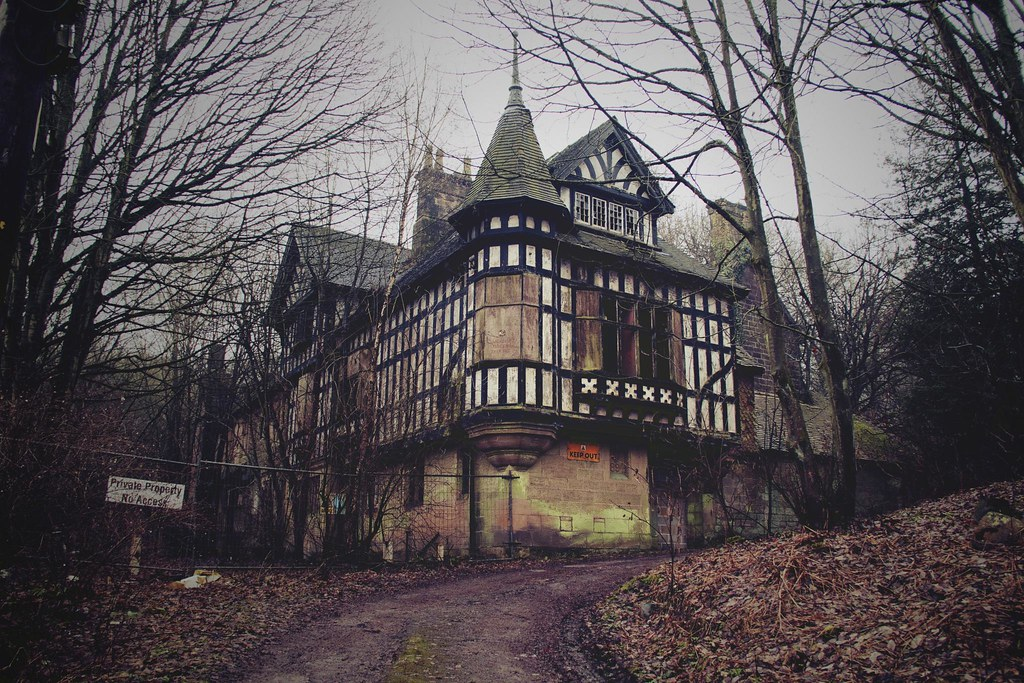 Haunted House Ambergate Derbyshire The Oakhurst House