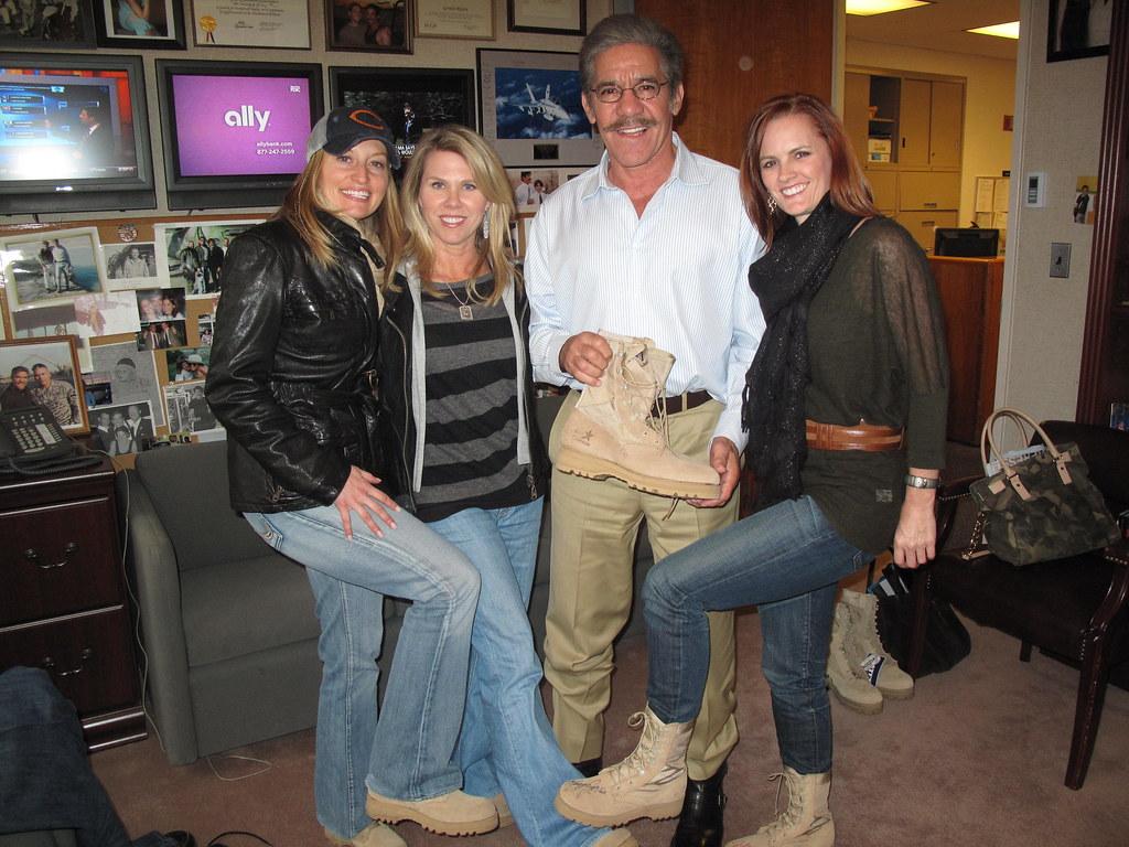Geraldo Rivera and Boot Girls Heather, Sherri and Ginger ...