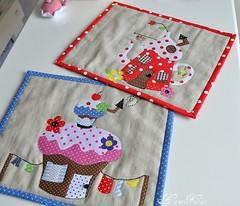 mug rugs by NaniKist
