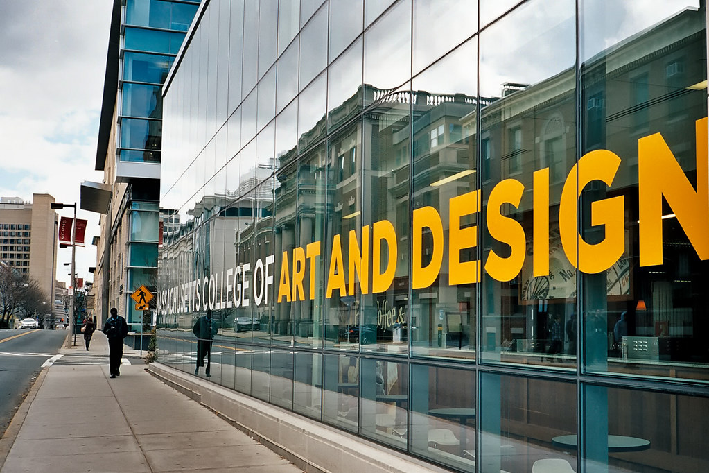 art institute essay Approximately 80% of new freshmen each year are from out-of listed in the common application and write an essay maryland institute college of art.