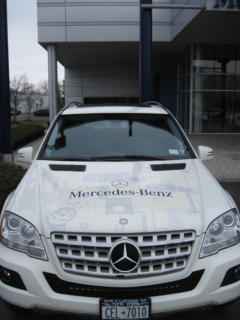 Keeler mercedes benz roadside assistance suv 005 the for Mercedes benz road side assistance