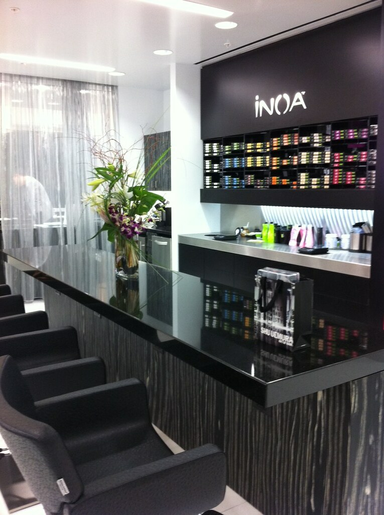 Inoa color bar monica d flickr for Bar design pour salon