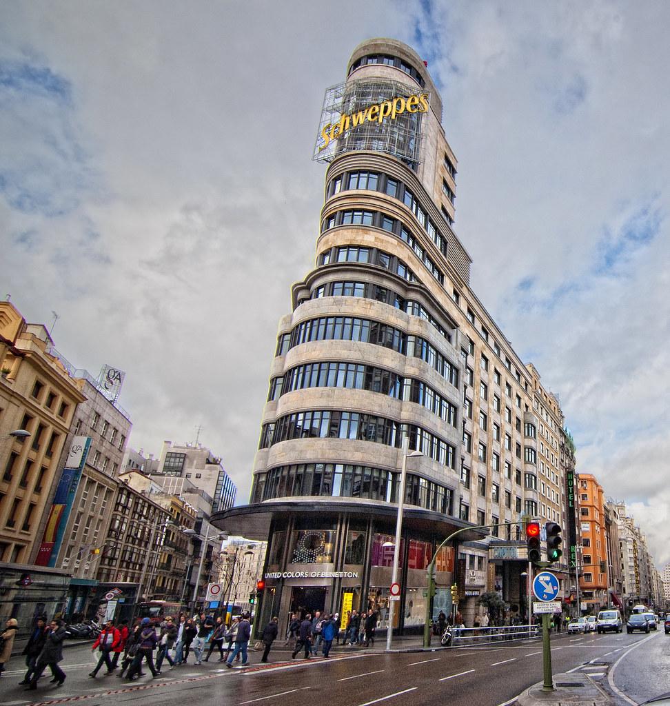 Madrid edificio carri n o capitol fondo negro www for Muebles capitol