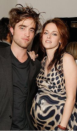 Is Kristen Stewart Pregnant With Robert Pattinsons Baby In Real Life