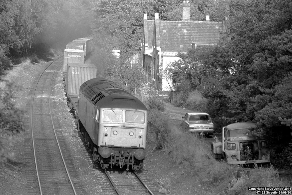 47182 | 47182 passing the old Midland Railway station at ...