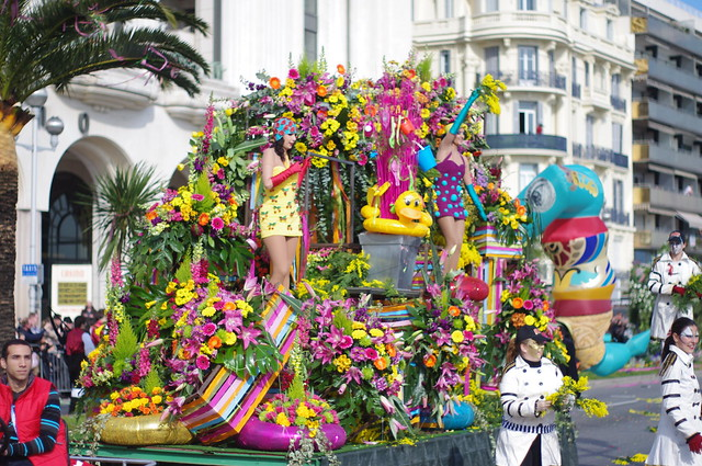 Battle Of Flowers At The Nice Carnival Flickr Photo