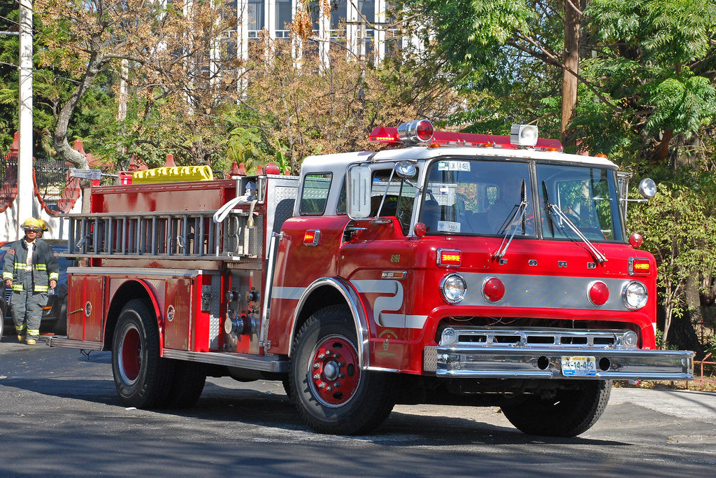 New Ford Trucks >> Bomberos de Guadalajara | Ford C-Series fire truck in Guadal… | Flickr