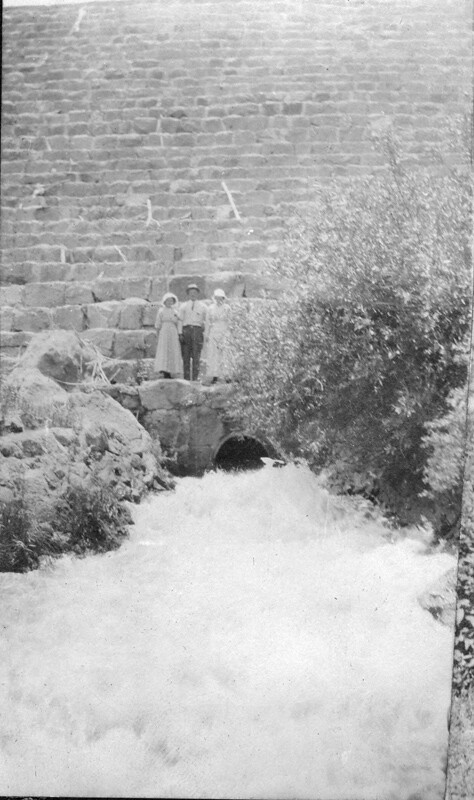 Center Point Number >> Castlewood Canyon dam from the bottom | ACCESSION NUMBER: 19… | Flickr