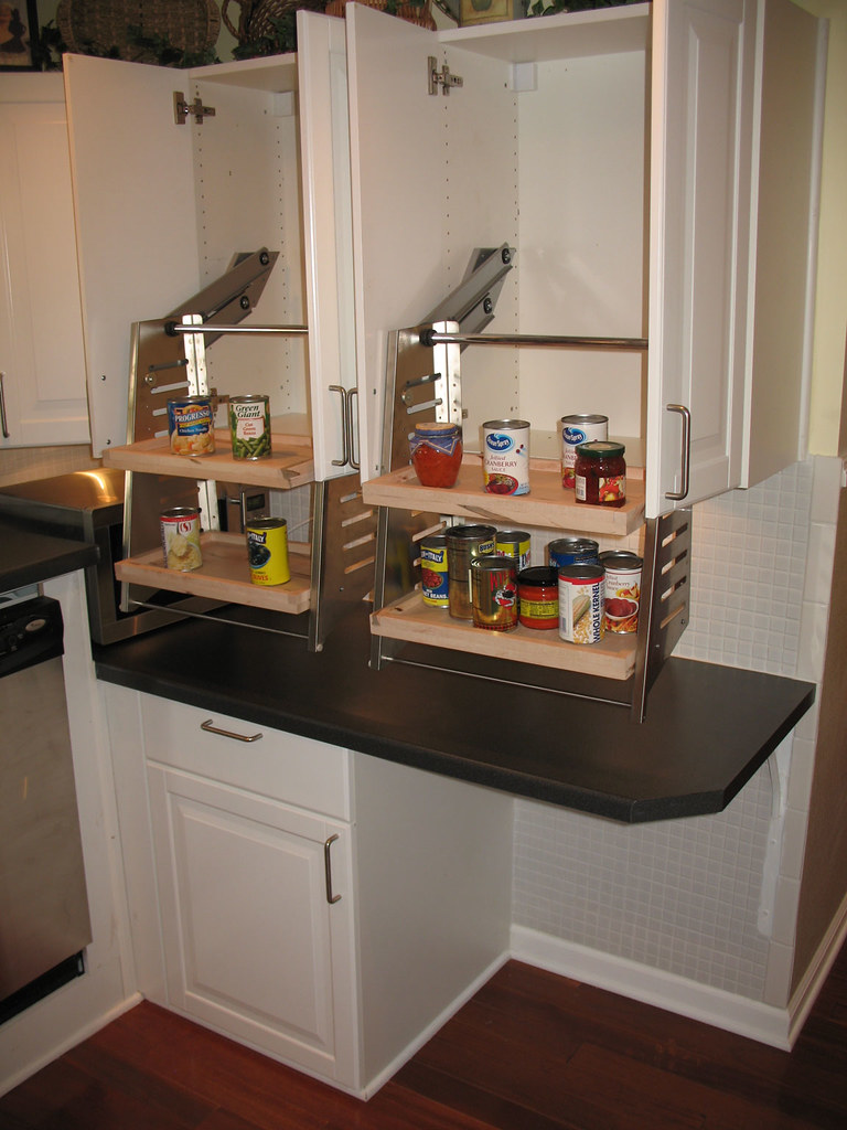 wheelchair accessible kitchen cabinets wheelchair accessible kitchen cabinets this wheelchair 1243
