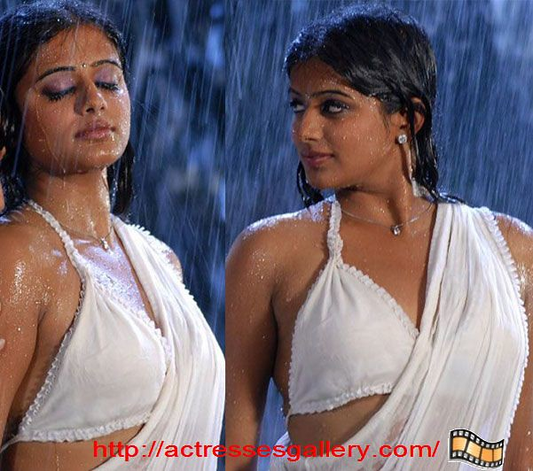 Priyamani TOLLYWOOD ACTRESSES Only in Blouse WithOut Bra ...