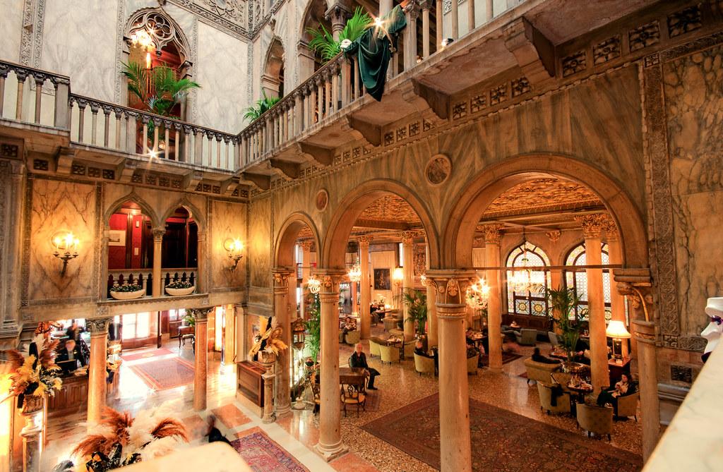 Hotel danieli hotel danieli in venice cmp danieli for Designhotel venedig