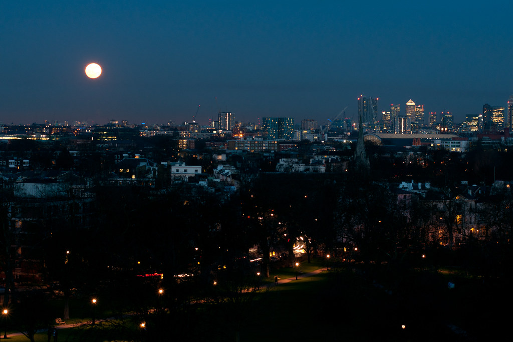 Primrose Hill Sunset and Moon-17 | Adam Bowie | Flickr Moon
