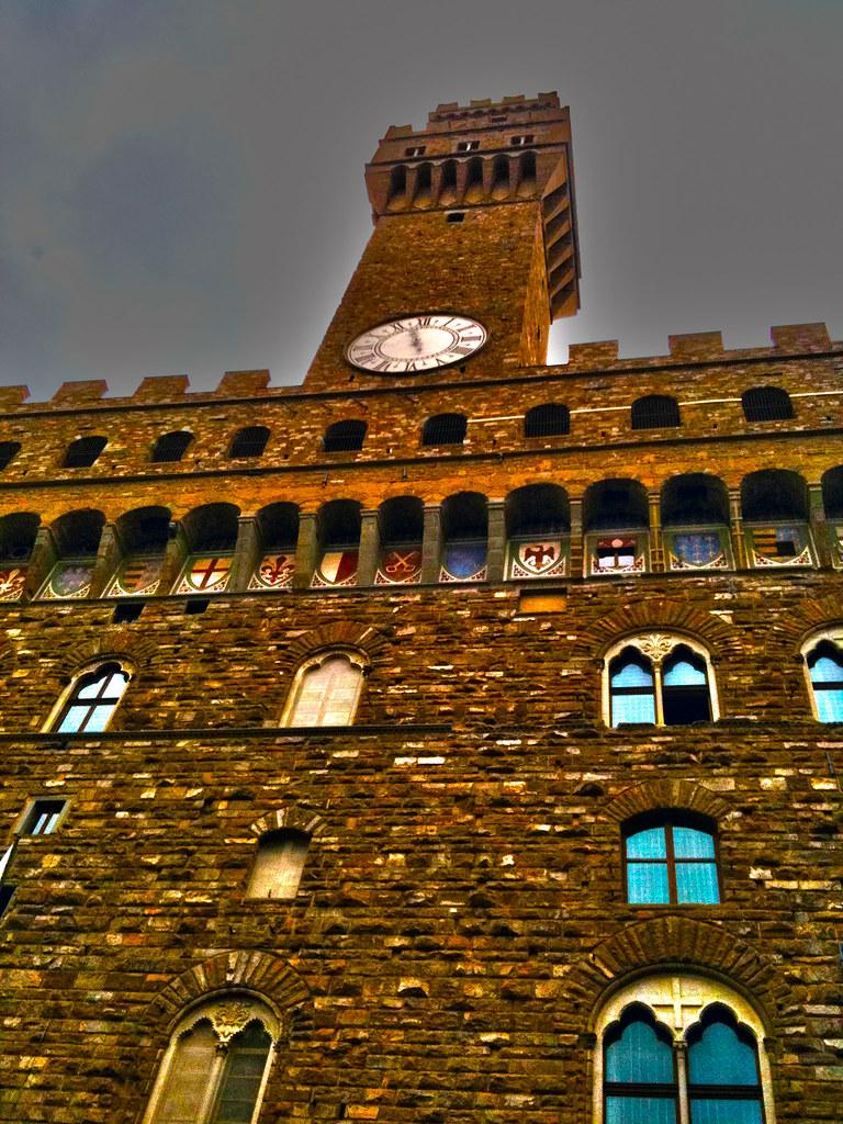 Palazzo vecchio palazzo vecchio si trova in piazza della for Dove si riunisce il parlamento italiano