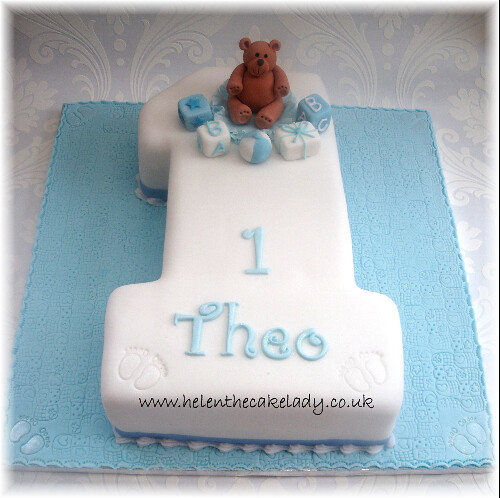 Cakes Pictures For 1st Birthday Of A Boy : boys 1st birthday cake with teddy A simple but effective ...